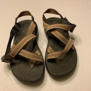 Womens Chaco Sandals 7